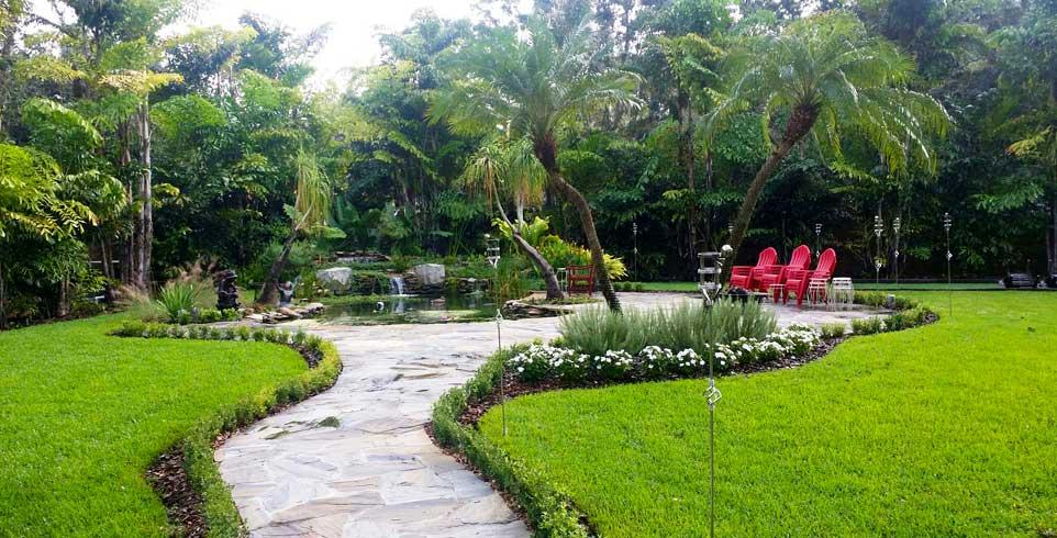 Landscaper Tampa